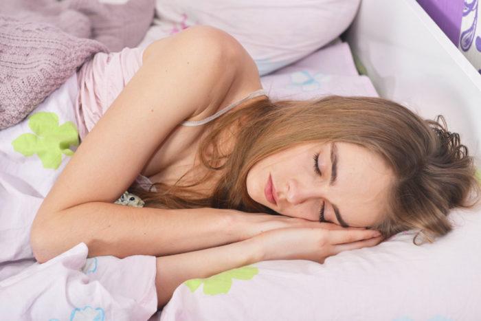 睡眠の質を向上させたら便秘解消